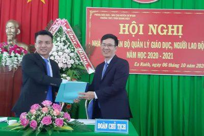 Trường THCS Trần Quang Diệu tổ chức thành công hội nghị điểm: Nhà giáo, cán bộ quản lý, người lao động.