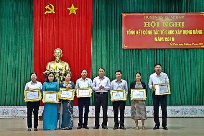 Huyện ủy Cư M'gar tổ chức hội nghị tổng kết công tác tổ chức xây dựng Đảng năm 2019